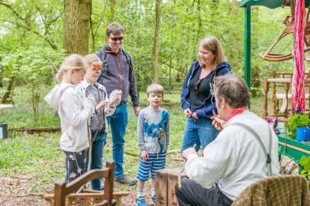 image of childrens outdoor activity - dunsmore - warwick wildlife trust